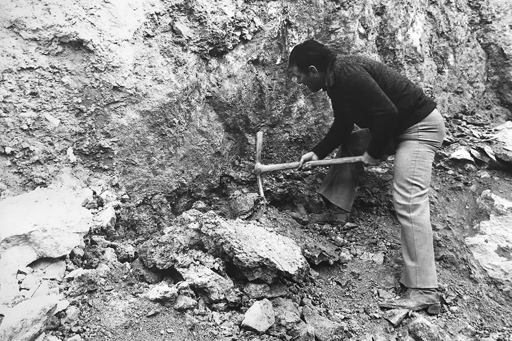 Andrea Menegoni in cava negli anni '70